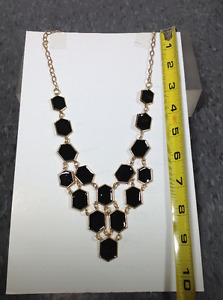 NEW fashion necklaces - box DD
