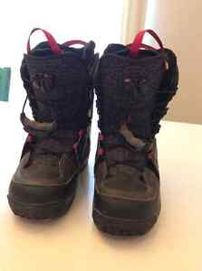 Salmon women's boots -size 9.5 brand new