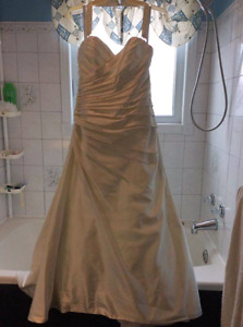 Alfred Angelo wedding dress size 10
