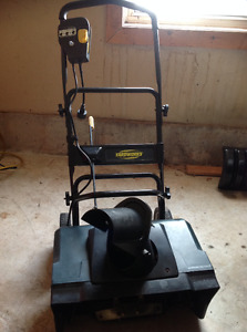 Yardworks snow thrower