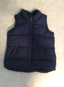 Old Navy frost free quilted vest for boys.
