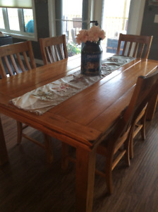 Beautiful, solid wood farm house dining table and 6 Chairs