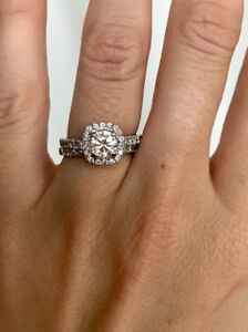 Stunning 1.70CT engagement and wedding rings for sale!