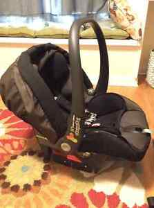 Peg Perego Infant Car Seat Kingston Kingston Area image 3