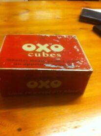Old oxo tin