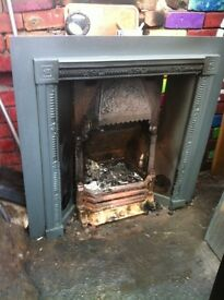 Cast insert fireplace