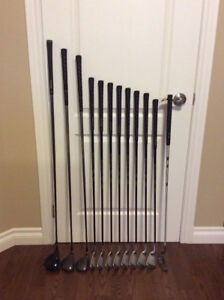 Ladies Set Golf Clubs w/Graphite Shafts - Excellent Condition