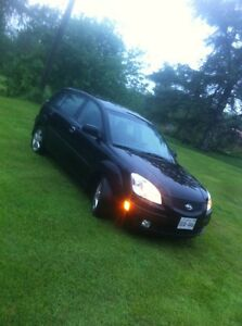 2008 Kia Rio (needs transmission)