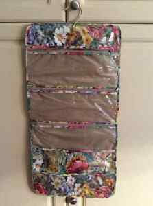 Toiletry Bag 2 different ones London Ontario image 1