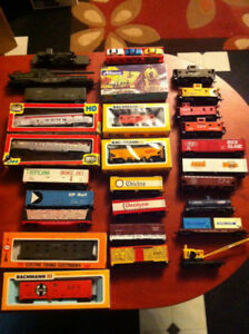 Assorted HO Scale Train Cars