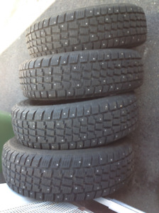 """Avalanche Extreme studded winter tires 16"""""""