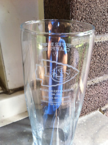 Kansas City Chiefs Bud Light Old Logo Super Bowl Glass 16 oz.