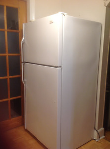 22cubic ft Crosley fridge