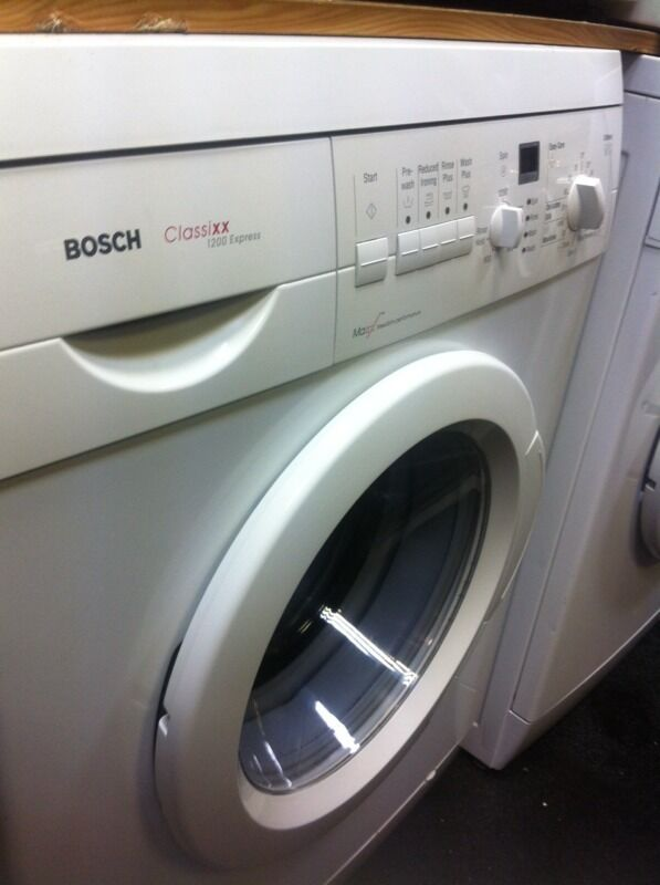 BOSCH WASHING MACHINE COMES WITH A FULLY WORKING STORE WARRANTY BOSCH £95