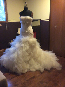 Vera Wang Designer wedding gown