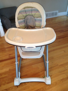 Graco high chairGraco brand high chair. Beige in colour with eas