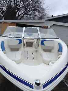 2009 Glastron boat and trailer for sale