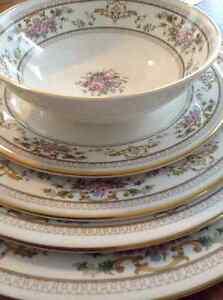 Royal Doulton fine bone china dinnerware Gatineau Ottawa / Gatineau Area image 1