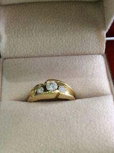 Jolie bague 18 carats en diamants