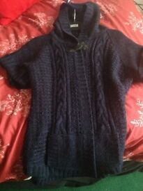 Dorthery Perkins navy knitted jacket.