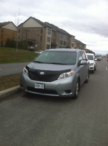2012 Toyota Sienna - ONE OWNER, DEALER MAINTAINED