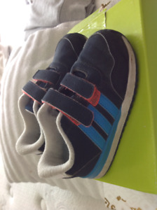 Boys brand name shoes, different sizes, Adidas, Nike, Timberland