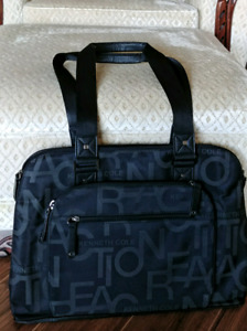Kenneth Cole Reaction laptop travel bag