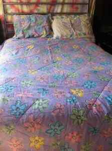 queen size girl comforter + 6 sheer panels
