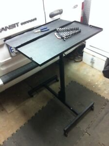 Roll-Up Tool Table