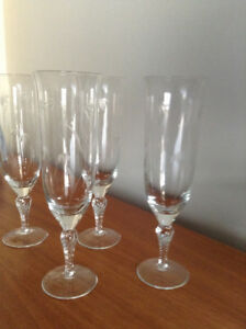 4 FLUTE SHAPED GLASSES