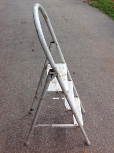 Folding 3 step ladder - good solid condition