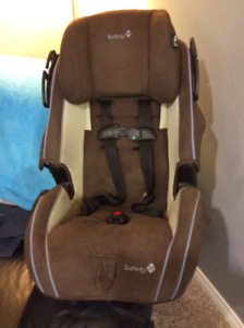 SAFETY FIRST CAR SEAT  TEXT 4039280010