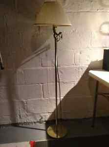 Trilight floor lamp