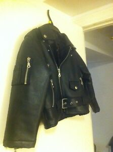 Children's leather jacket size 7 Peterborough Peterborough Area image 2