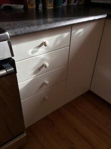 24 poignées porte armoire / Blanc / Boutons en céramique