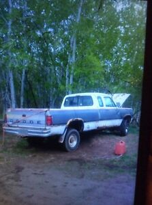 Parting out 1993 dodge diesel 4x4