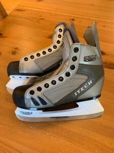 Kids ITECH ice skates, like new condition, Size 3