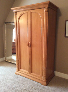 Bernhardt, solid wood unit