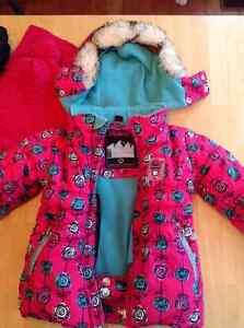 Habit de neige (manteau) pour fille GUSTI 3 ans West Island Greater Montréal image 3