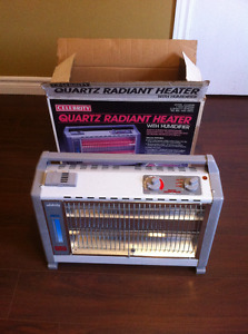 Electric heater with humidifier