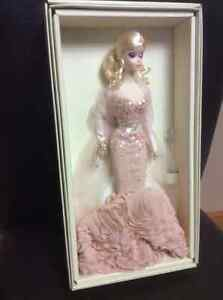 Collector Barbie London Ontario image 3