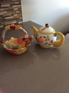 Harvest teapot and dish