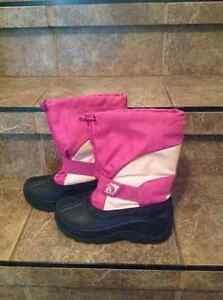 Girls Winter Boots Size 2 and 3