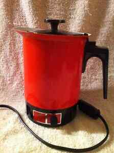 Vintage RETRO 1980's West Bend Electric HOT POT. Sarnia Sarnia Area image 1