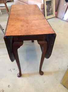 Vintage book matched pearl walnut veneer drop leaf table