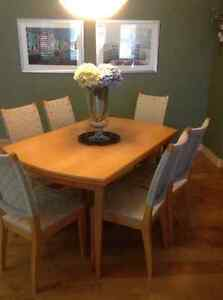Expandable Dining Room Table with Hutch