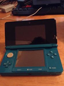 Selling Aqua Blue 3DS for 125$!