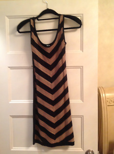 GUESS Robes / Dresses X-Small