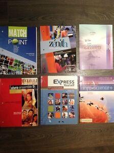 Divers manuels scolaires et cahiers