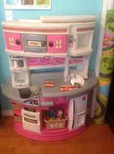 Step 2 Pink Kitchen in EXCELLENT used condition.